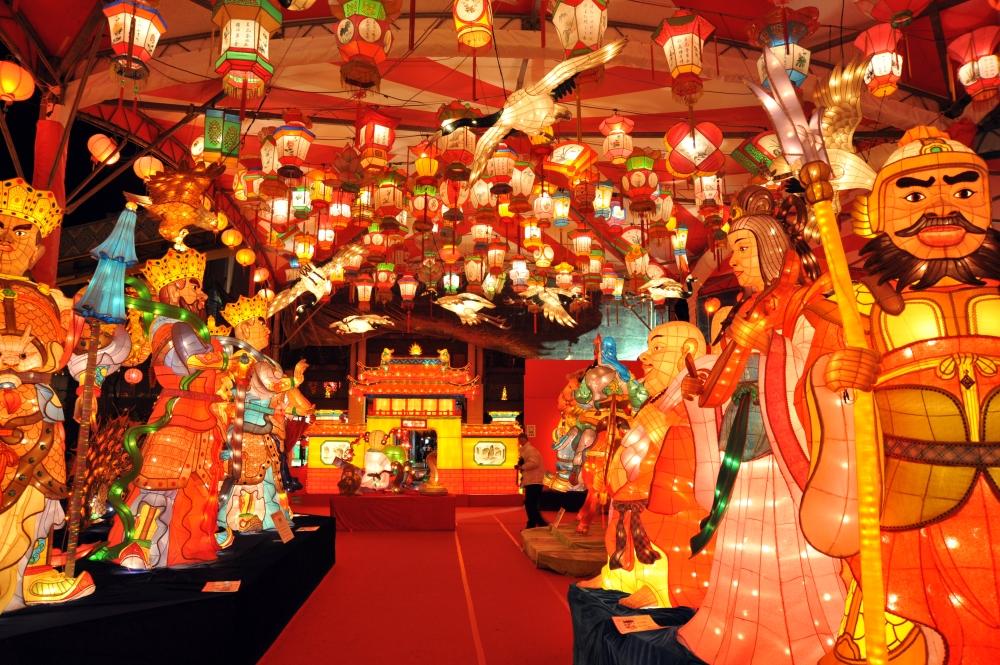 Lanterns display at Nagasaki Lantern Festival